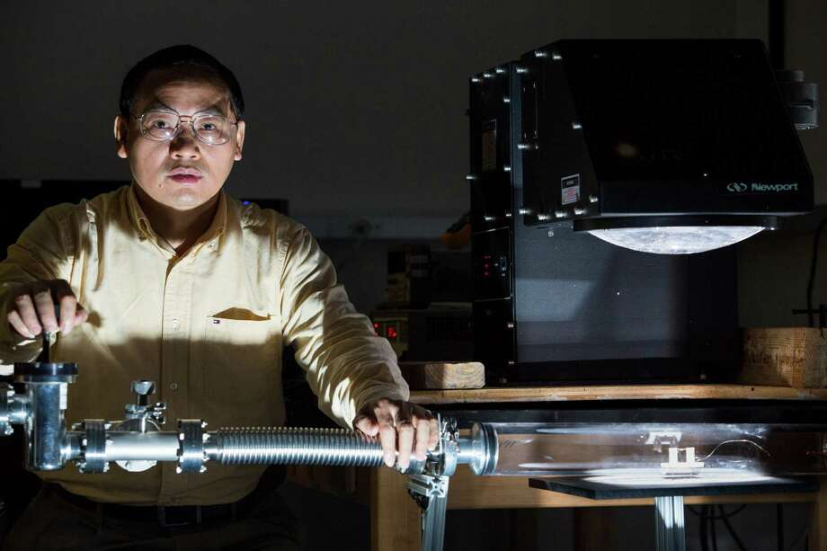 Materials scientist Zhifeng Ren is researching ways to capture heat lost during the production and use of energy. Photo: Eric Kayne / Eric Kayne