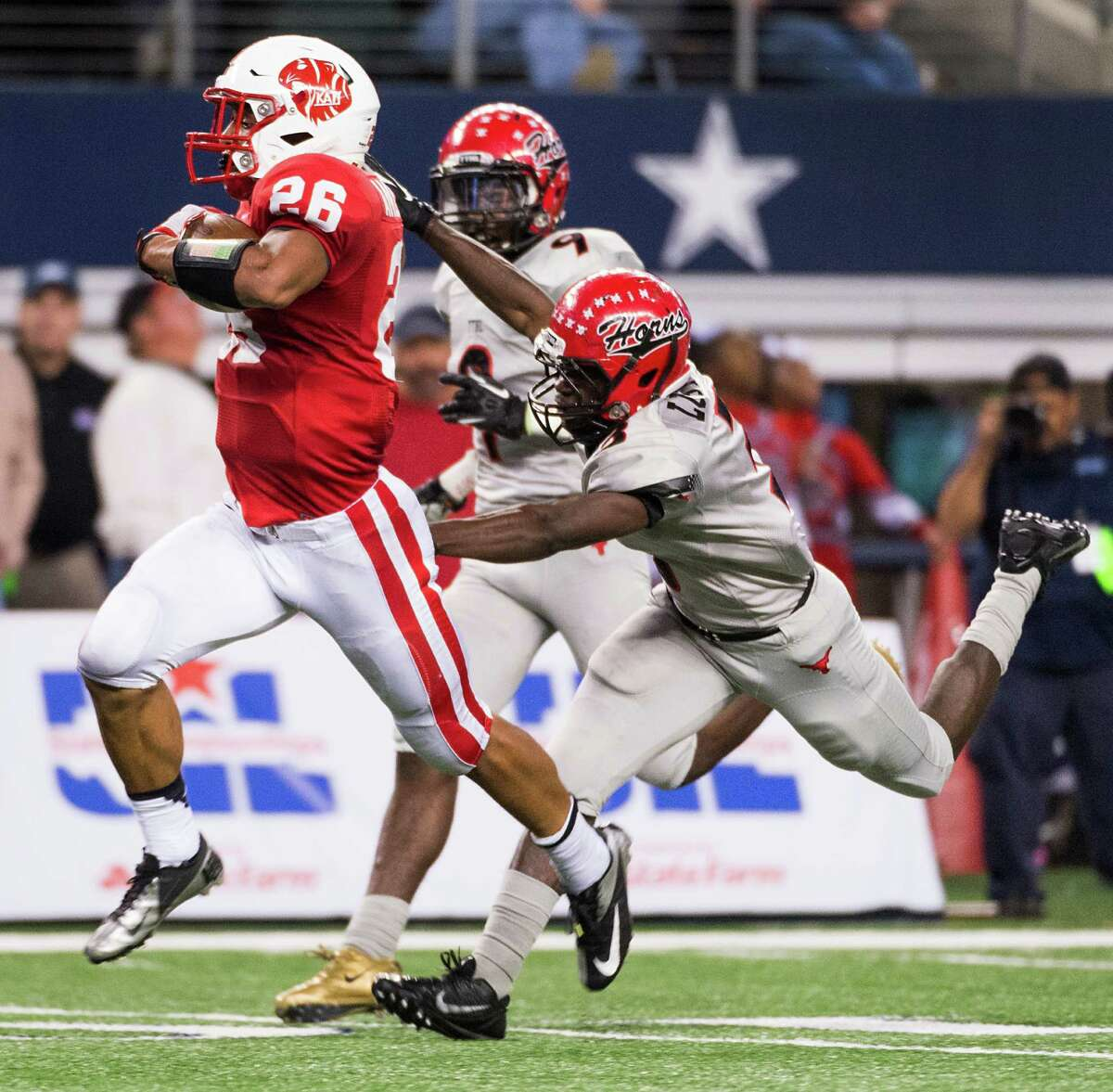 2. Katy and Cedar Hill meet for third time Saturday's Class 6A Division II title game will serve as a rubber match between Katy and Cedar Hill. Katy won the 2012 title game 35-24, and Cedar Hill won state last year 34-24.