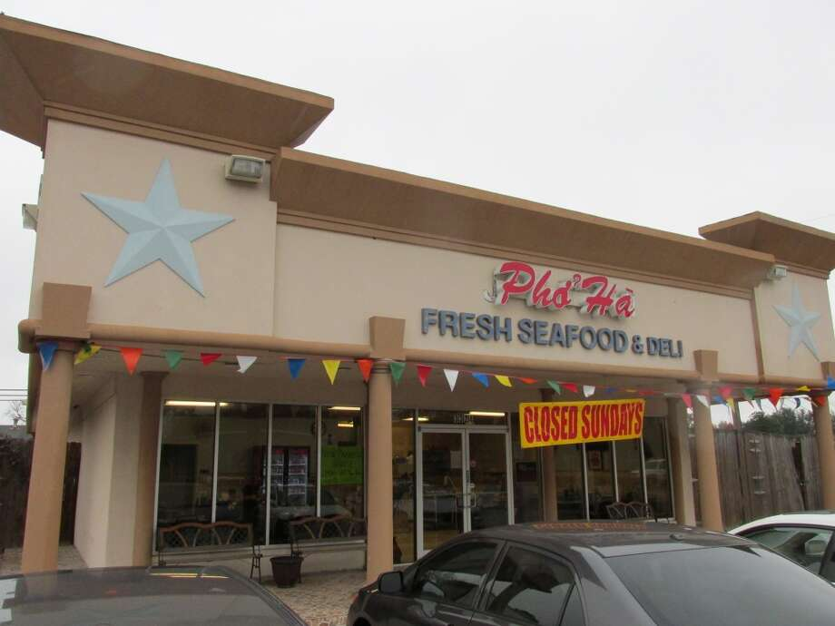 The new Pho Ha on Nederland Avenue. Photo: Cat5