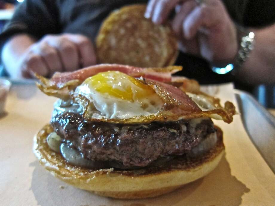 Hamburger at Fielding's Wood Grill in The Woodlands. Photo: Alison Cook