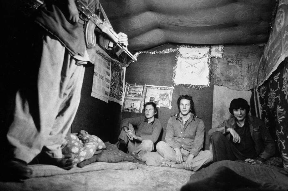1981: At a Mudahedeen camp in the province of Zabul, the first Soviet prisoners were exhibited to visiting international press. They would eventually be released to the Red Cross several years later. Photo: Roland Neveu, Getty Images / © 1981 Roland Neveu