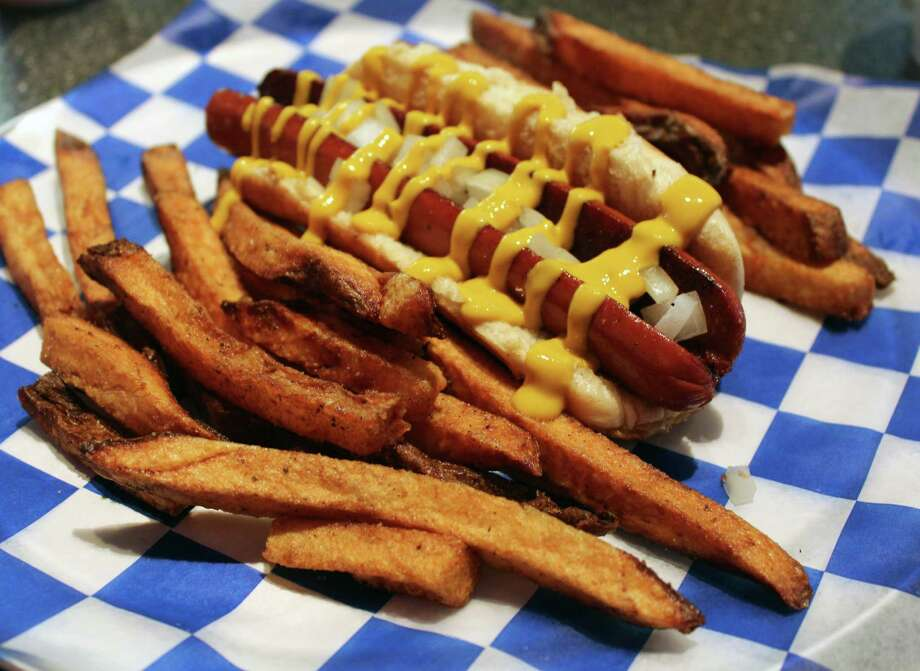 Fattboy Burgers & Dogs has opened a second location at 11224 Huebner Road, Suite 206. Both locations offer the same menu that includes burgers, chicken sandwiches and hot dogs. Photo: Jennifer McInnis
