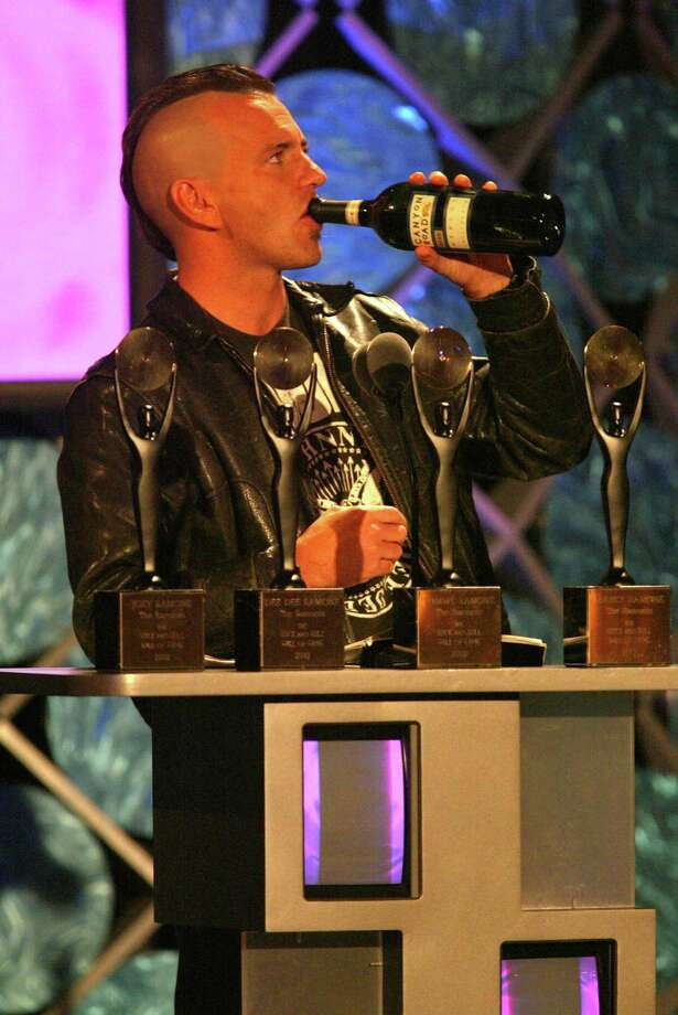 2002: Vedder and his handy bottle of red wine. Photo: Kevin Kane, Getty Images / WireImage