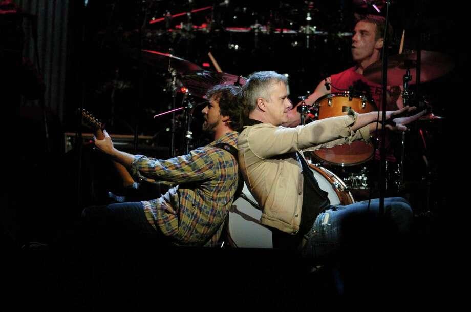 2004: Vedder and Tim Robbins. Photo: Theo Wargo, Getty Images / WireImage