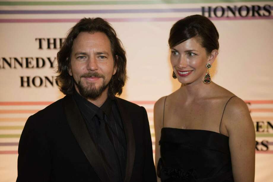 2009: Vedder and wife Jill McCormick. Photo: NICHOLAS KAMM, Getty Images / 2009 AFP