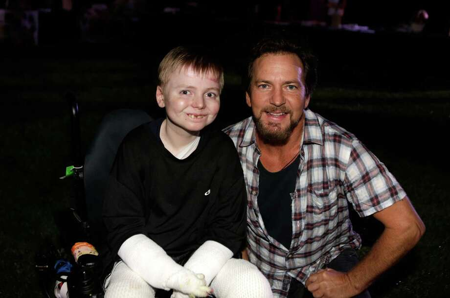 2013: Vedder and a friend pictured at a fundraiser for sick children. Photo: Jeff Vespa, Getty Images / 2013 Jeff Vespa