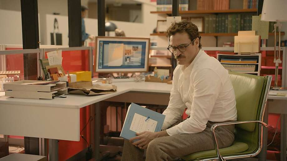 Joaquin Phoenix as a man in love with a virtual assistant. Photo: Courtesy Of Warner Bros. Picture, Warner Bros.