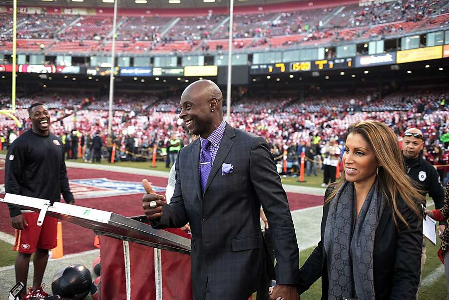 Jerry Rice, left, greets fans as he enters Candlestick Park on Monday, Dec. 23, 2013. The San Francisco 49ers hosted the Atlanta Falcons at one of their last games at Candlestick Park. Photo: James Tensuan, Special To The Chronicle