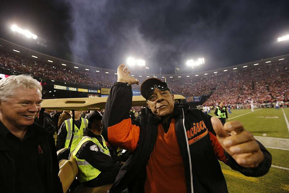 Former San Francisco Giants outfielder Willie Mays explains how he used to throw a football seventy yards before the game between the San Francisco 49ers and Atlanta Falcons at Candlestick Park on Monday December 23, 2013 in San Francisco, Calif. Photo: Michael Macor, The Chronicle