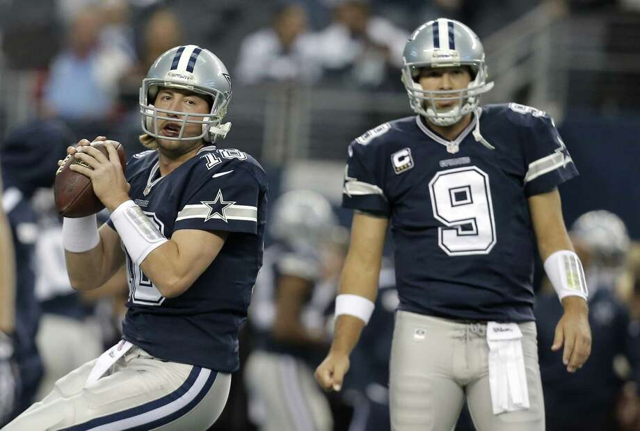 Kyle Orton (left) will start at QB for the Cowboys on Sunday night if Tony Romo's injured back prevents him from playing. Photo: Brandon Wade / Associated Press / FR168019 AP
