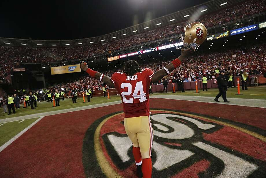 San Francisco 49ers running back Anthony Dixon (24) gestures toward the home fans after the San Francisco 49ers defeated the Atlanta Falcons at Candlestick Park on Monday December 23, 2013 in San Francisco, Calif.  It is the last home game the 49ers will have at Candlestick Park before the stadium is demolished. Photo: Michael Macor, The Chronicle