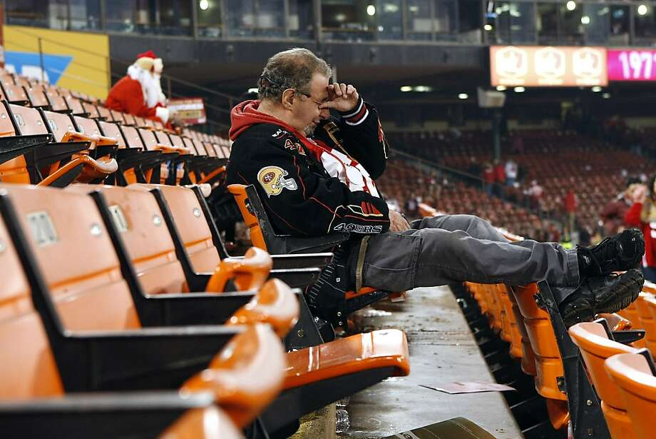 Richard Habib gets emotional as he sits in his seat after the San Francisco 49ers defeated the Atlanta Falcons during a Monday Night Football game which will be the last regular season game to be held at Candlestick Park in San Francisco, CA, Monday, December 23, 2013. Photo: Michael Short, The Chronicle