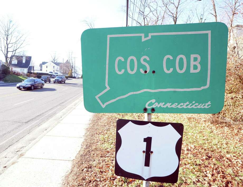 A Cos Cob sign on East Putnam Avenue in the Cos Cob section of Greenwich, Conn., Tuesday, Dec. 24, 2013. Photo: Bob Luckey / Greenwich Time