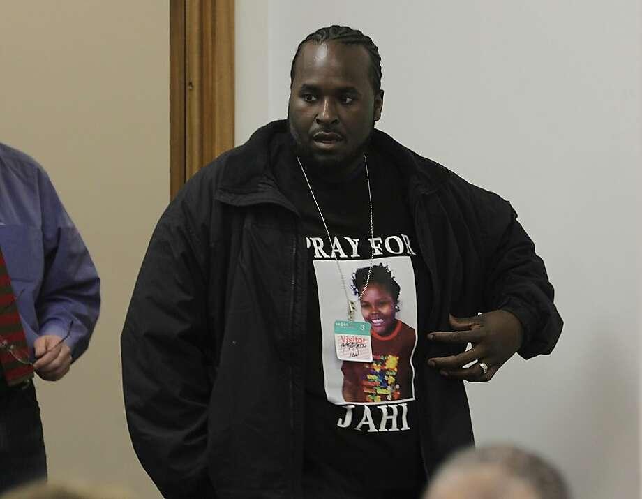 Judge rules against brain-dead girl's family