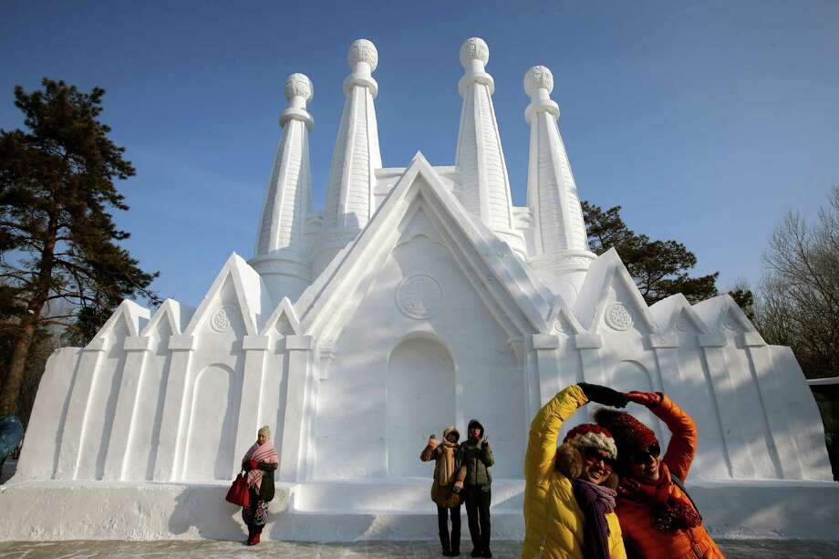 There are even snow cathedrals. Photo: Hong Wu, Getty Images / 2013 Hong Wu