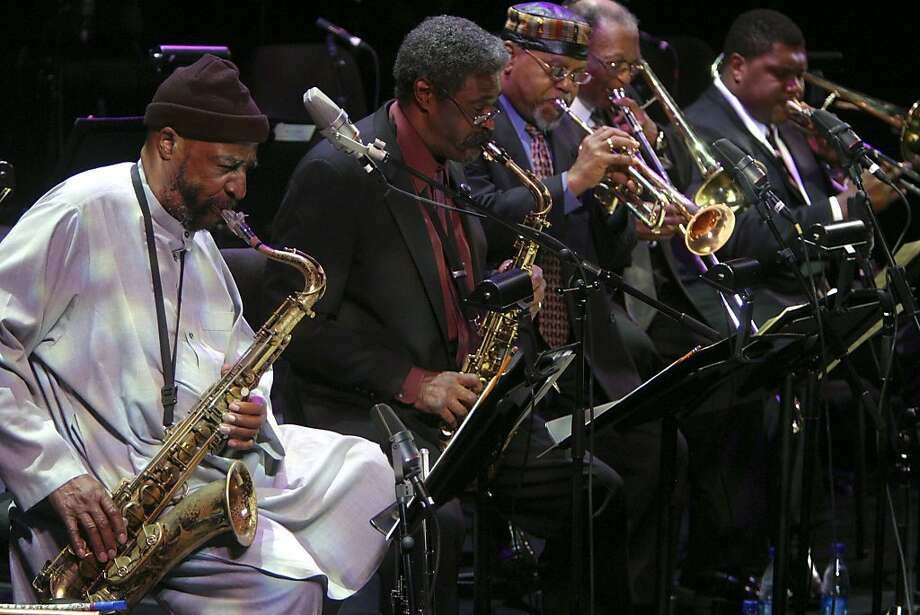 "Yusef Lateef (left) performs in the ""Detroit: Motor City Jazz"" concert at the Rose Theater in New York in January 2005 alongside Charles McPherson, Marcus Belgrave, Curtis Fuller and Wycliffe Gordon. Photo: Hiroyuki Ito, New York Times"