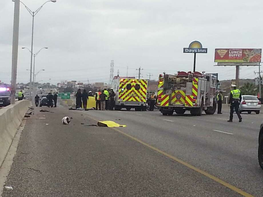 Three northbound lanes are closed on Interestate 35 near the North Weidner Road exit after a man on a motorcycle lost control of his vehicle and died at about 11:30 a.m. Wednesday. Photo: J. Almendarez/Express-News