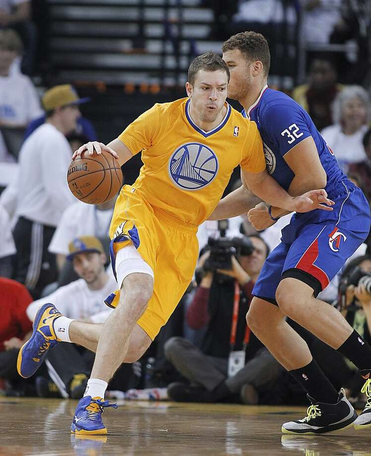 David Lee has stepped up his game during the Warriors' winning streak. Photo: Tony Avelar, Associated Press