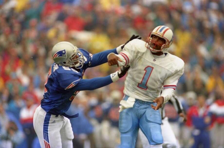 Houston Oilers v New England Patriots at Foxboro Stadium. Photo: John Makely, Houston Chronicle