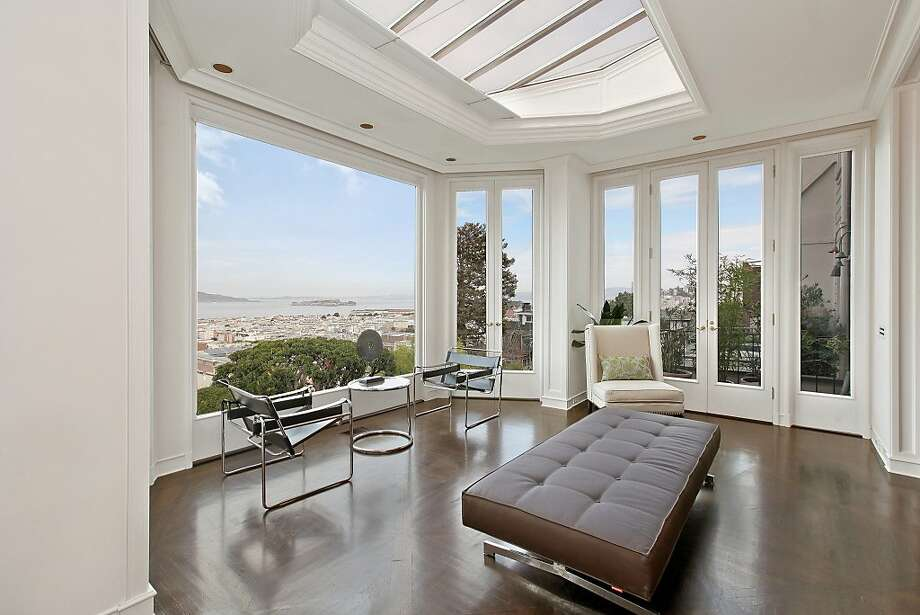 A massive picture window in the Cow Hollow home looks out at San Francisco Bay. Photo: OpenHomesPhotography.com
