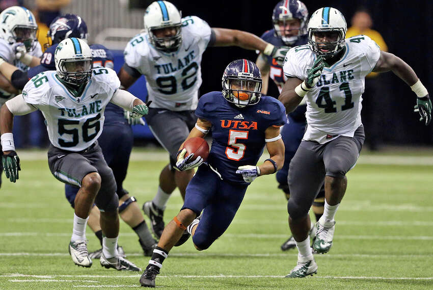 In their first season in Conference USA, the Roadrunners were picked to finish last in the West division. But behind senior quarterback Eric Soza, they surprised the experts by winning their final five games to finish 7-5 and 6-2 in the league, only a game behind eventual champion Rice.