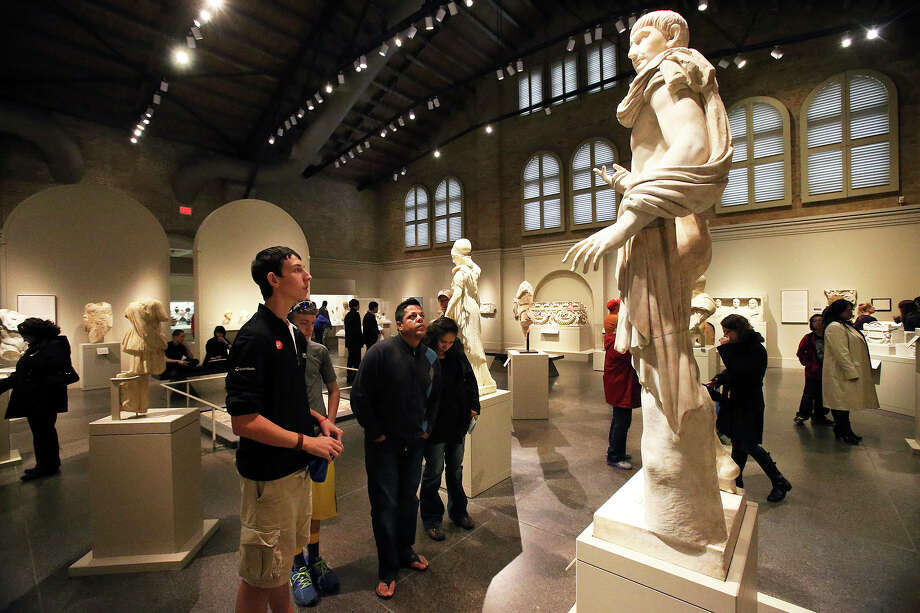Gallery or Museum: Art galleries and museums are generally fairly inexpensive and offer an interesting change of pace. Photo: TOM REEL