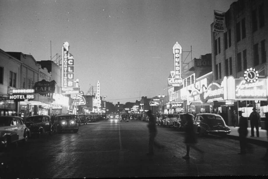 Brightly lit casinos lining the street in 1942. Photo: Peter Stackpole, Time & Life Pictures/Getty Image