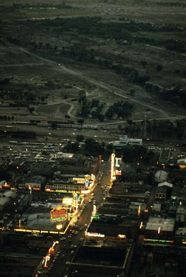 Aerial view of the brightly illuminated Las Vegas Strip in 1955. Photo: Loomis Dean
