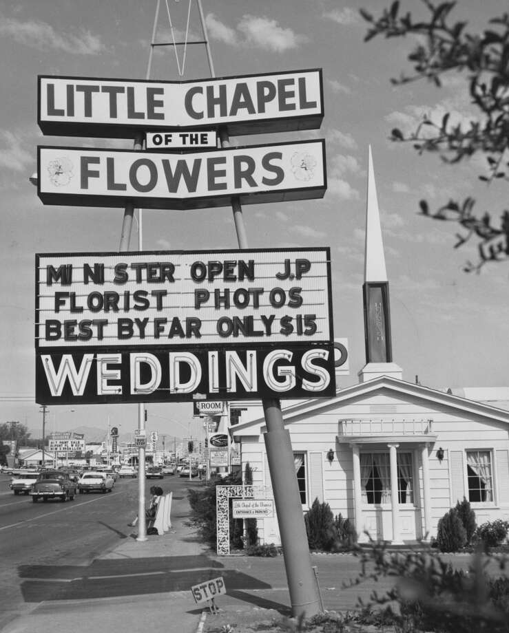 A sign advertising The Little Chapel of the Flowers in 1970 in Las Vegas, where couples could get married for $15. Perhaps the most famous example of poor life planning came when former Detroit Pistons/Chicago Bulls forward Dennis Rodman married model Carmen Electra. The marriage lasted from November 1998 to April 1999. Photo: Photoshot, Getty Images