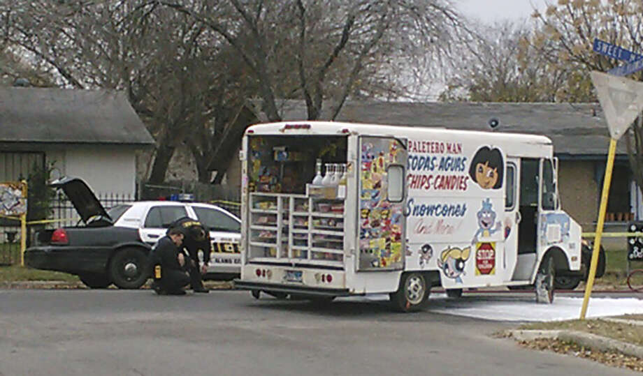 April Nicole Soliz fell off the back bumper of this snack truck and got caught under a tire, police said. The driver didn't know she had jumped on. Photo: Mark D. Wilson / San Antonio Express-News / San Antonio Express-News