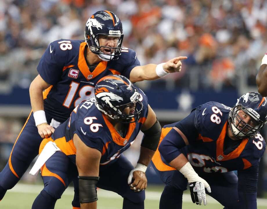 Denver (12-3) minus-12 at Oakland (4-11): Broncos 34-13 Photo: Sharon Ellman, Associated Press