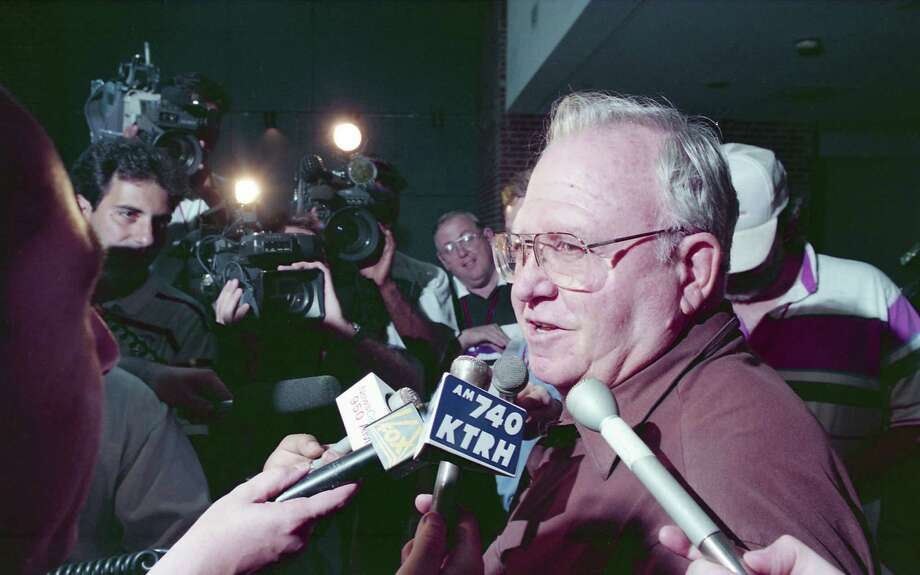 Houston Oilers defensive coordinator Buddy Ryan was loved and loathed by his own players and coaches of the 1993 team. Players still say they would do anything for him, and Kevin Gilbride, it's safe to say, still doesn't think much of Ryan. Photo: Dave Einsel, HC Staff / Houston Chronicle