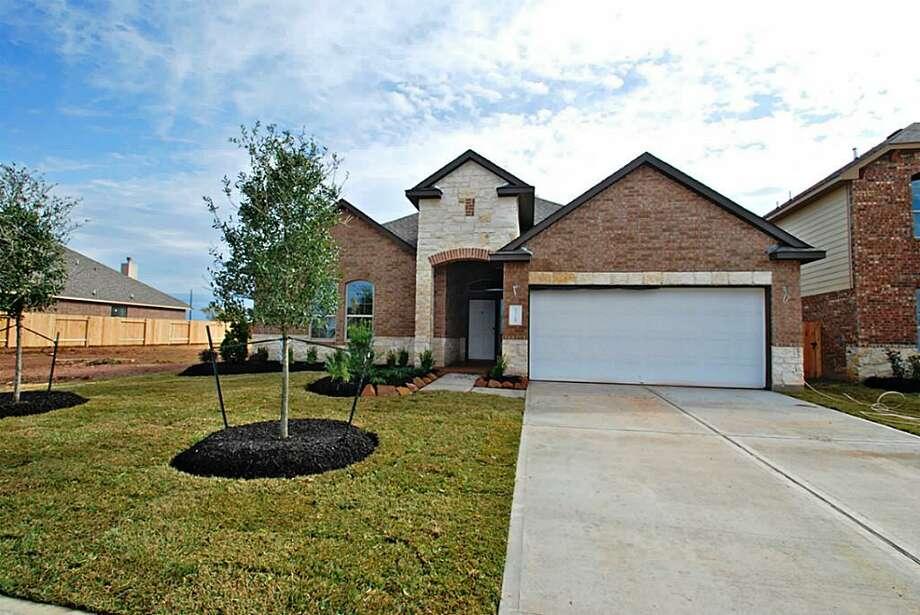 13723 Culloden: This 2014 home has 3 bedrooms, 2 bathrooms, 2,464 square feet, and is located in Richmond. Open house: 12/29/2013, 1 p.m. to 5 p.m.