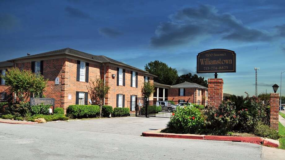 A local investor has purchased the Williamstown Apartments, a 272-unit complex at 9200 Bissonnet. Trans-western represented the seller, Optimum Williamstown.