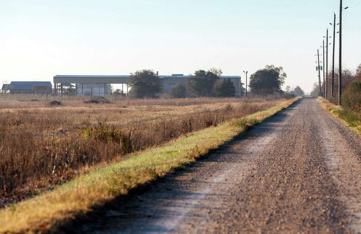 2. Running Trail: A new 1.5-mile trail circling native grasses will provide another opportunity for visitors to enjoy all the prairie has to offer.