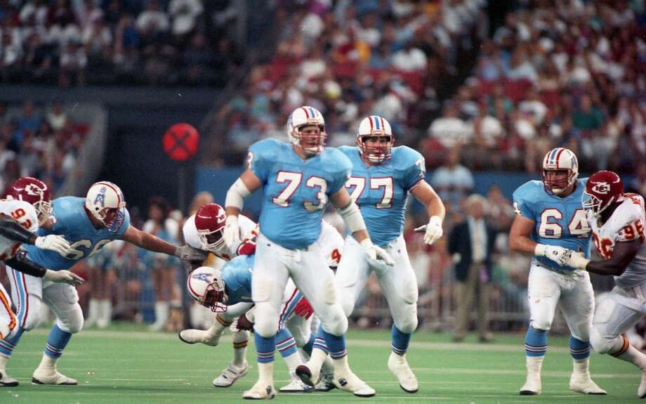 Oilers Doug Dawson (66), David Williams (73), Kevin Donnally (77) and Erik Norgard (64) against the Chiefs. Photo: John Makely, Houston Chronicle