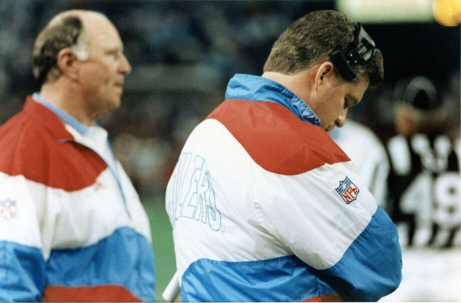 Oilers head coach Jack Pardee and offensive coordinator Kevin Gilbride on the sideline Photo: Ira Strickstein, Houston Chronicle