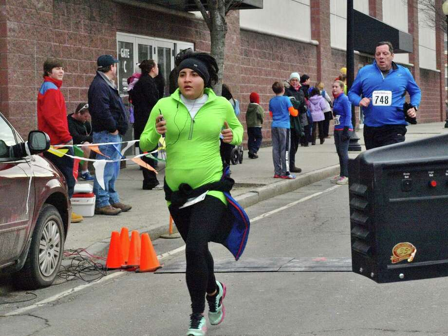 Were you SEEN at the 5k Run Into the New Year race in Danbury on December 28th? Photo: Nuria Ryan