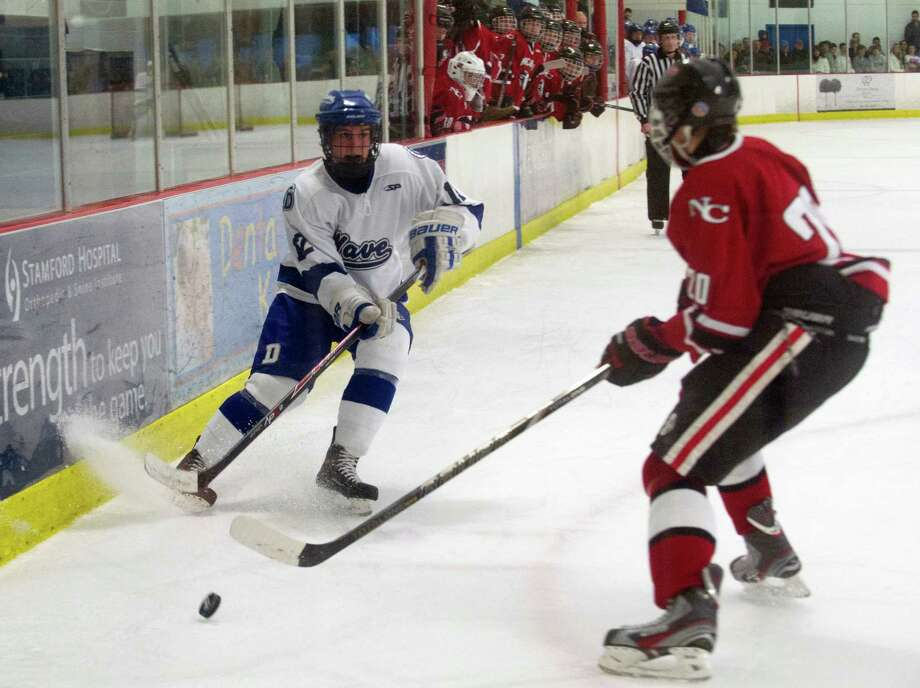 Saturday's boys hockey game at the Darien Ice Rink in Darien, Conn., on December 28, 2013. Photo: Lindsay Perry / Stamford Advocate