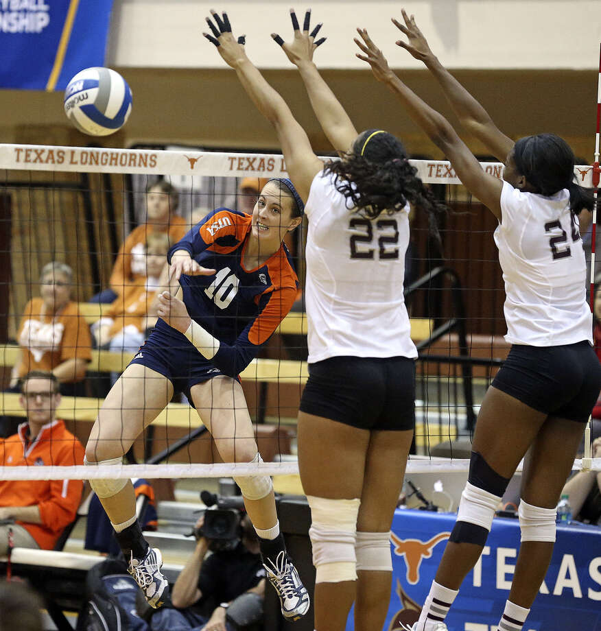 UTSA's McKenzie Adams, spiking vs. Texas A&M, was Conference USA Player of the Year. Photo: Tom Reel / San Antonio Express-News
