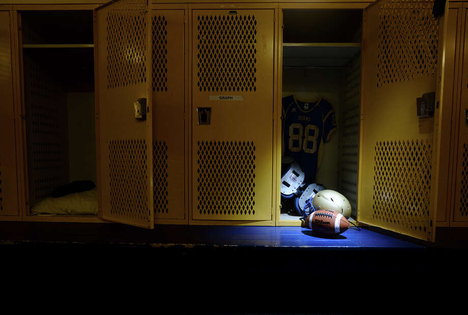 Coaches at Hamshire-Fannett High School are accused of forcing athletes to participate in grueling exercises. At least three children were admitted to hospitals in January 2016and diagnosed with a specific medical condition that arises from overworking muscles, according to parents. Photo: Jake Daniels / ©2013 The Beaumont Enterprise/Jake Daniels