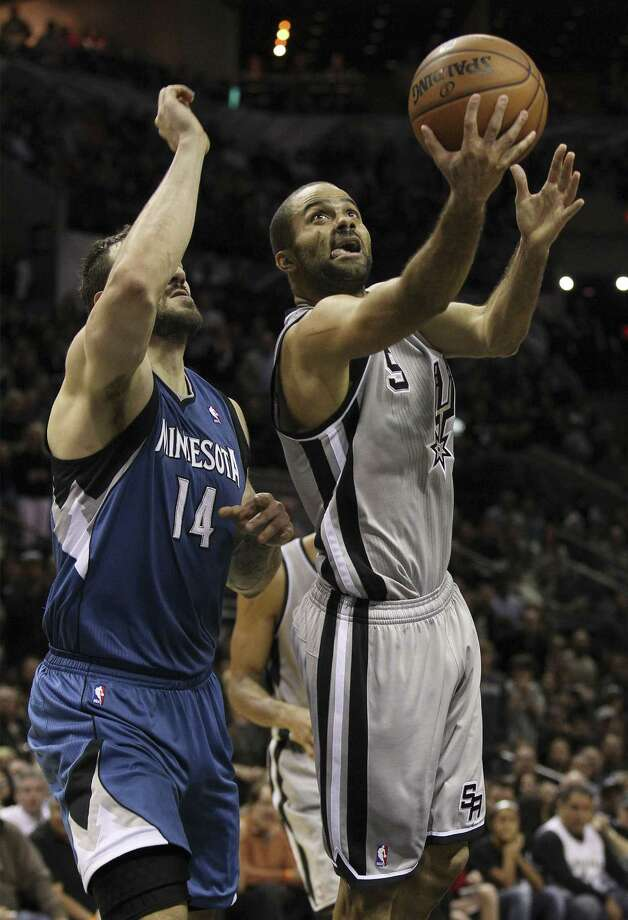While Tony Parker and the Spurs have struggled against the NBA's elite, they're 23-0 vs. supposed lightweights. Photo: Kin Man Hui / San Antonio Express-News / ©2013 San Antonio Express-News