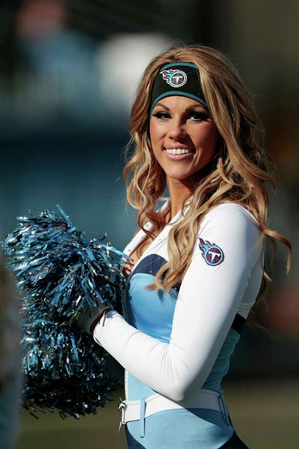 A Tennessee Titans cheerleader in 2013. Photo: Wade Payne, Associated Press / FR23601 AP