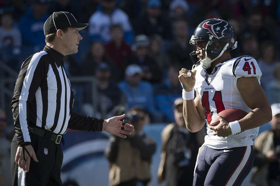 Texans running back Jonathan Grimes (41) asks the official if he can keep the ball after scoring his first career touchdown. Photo: Smiley N. Pool, Houston Chronicle