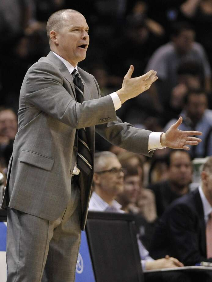 Sacramento Kings head coach Michael Malone reacts to a call during the second half of an NBA basketball game against the San Antonio Spurs on Sunday, Dec. 29, 2013, in San Antonio. San Antonio won 112-104. Photo: Darren Abate, Associated Press