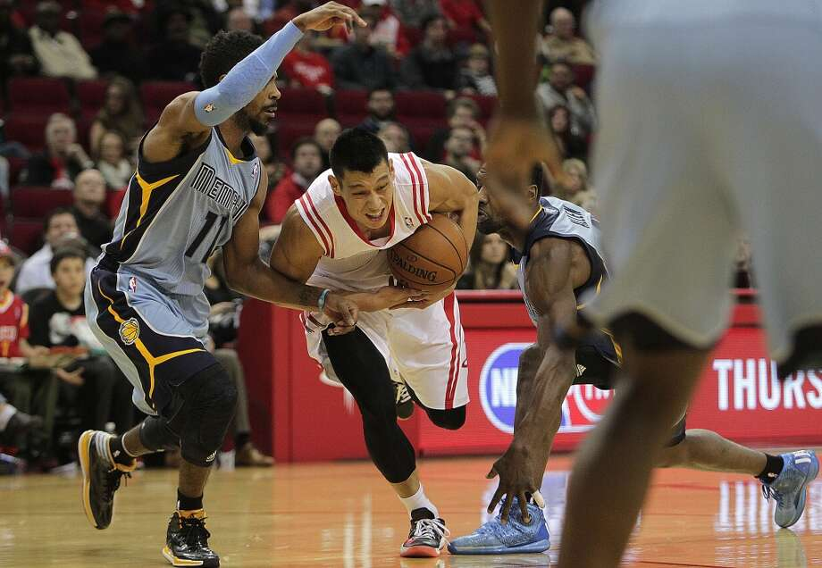 Dec. 26: Rockets 100, Grizzlies 92  James Harden tied a franchise record with 22 made free throws as the Rockets rallied in the second half to knock off the Grizzlies.  Record: 20-11 Photo: James Nielsen, Houston Chronicle