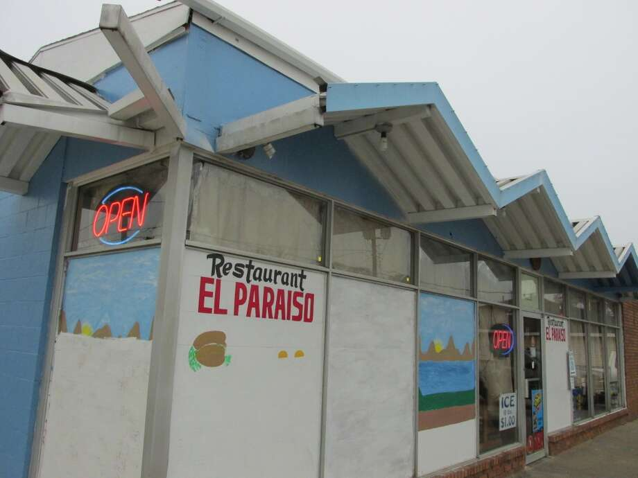 Taqueria El Paraiso, 1880 College St. in Beaumont. Photo: Cat5