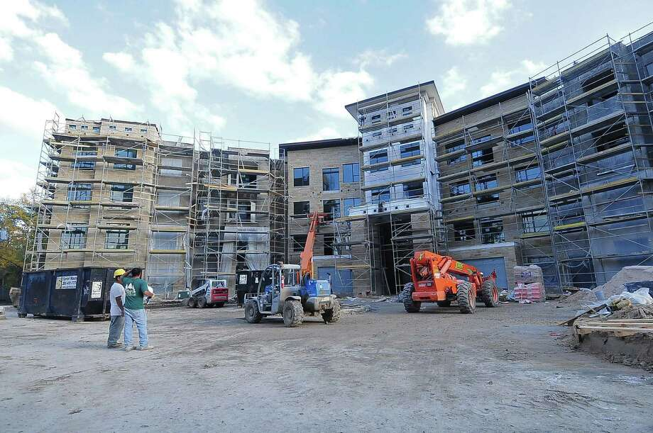 Apartment buildings are under construction at 770 N. Eldridge Parkway in the Energy Corridor area. Photo: Â Tony Bullard 2013, Freelance Photographer / © Tony Bullard & the Houston Chronicle