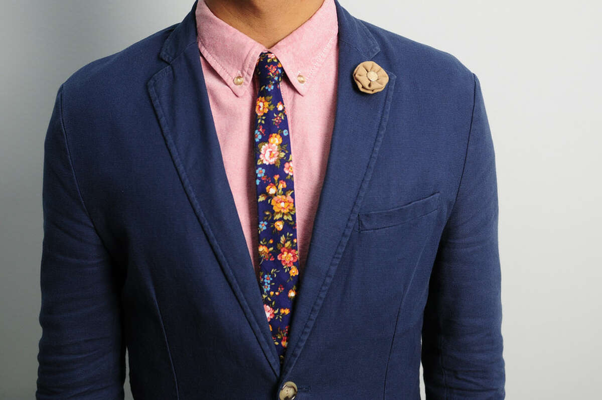 Irdobi focuses on men's luxury accessories.
