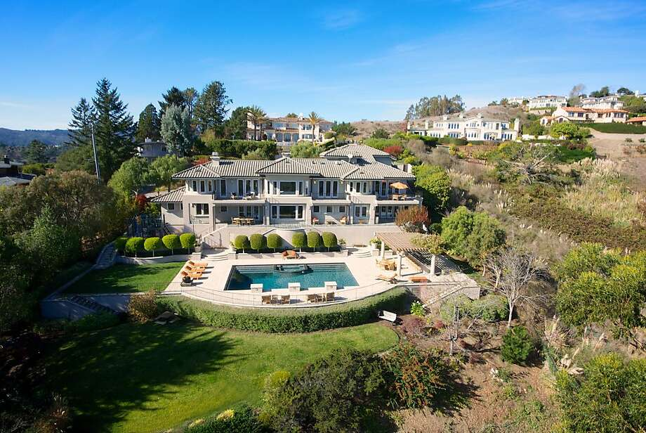 22 Sky Road in Mill Valley sits on a 1.6-acre lot. Photo: Matt McCourtney/McCourtney Photo